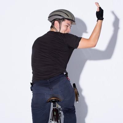 「自転車の手信号「左折」」の写真素材