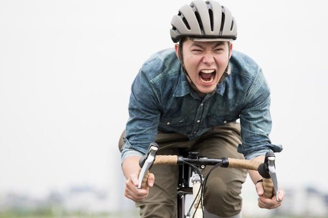 フィギュア発売日に自転車で秋葉原に急ぐの写真