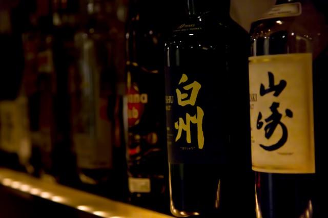 ボトルキープされたお酒の写真