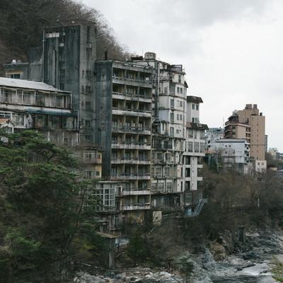 「鬼怒川の廃ホテル」の写真素材