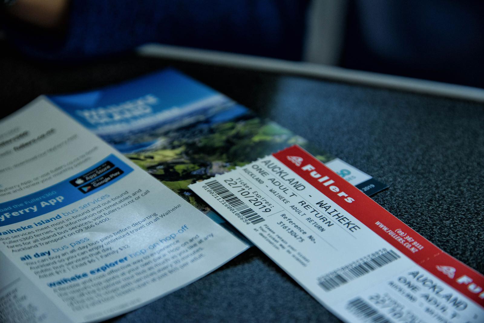「オークランドからワイヘキ島行きのフェリーチケット(ニュージーランド)」の写真
