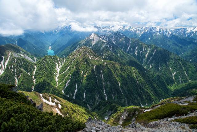 黒部ダムと槍ヶ岳(飛騨山脈)の写真