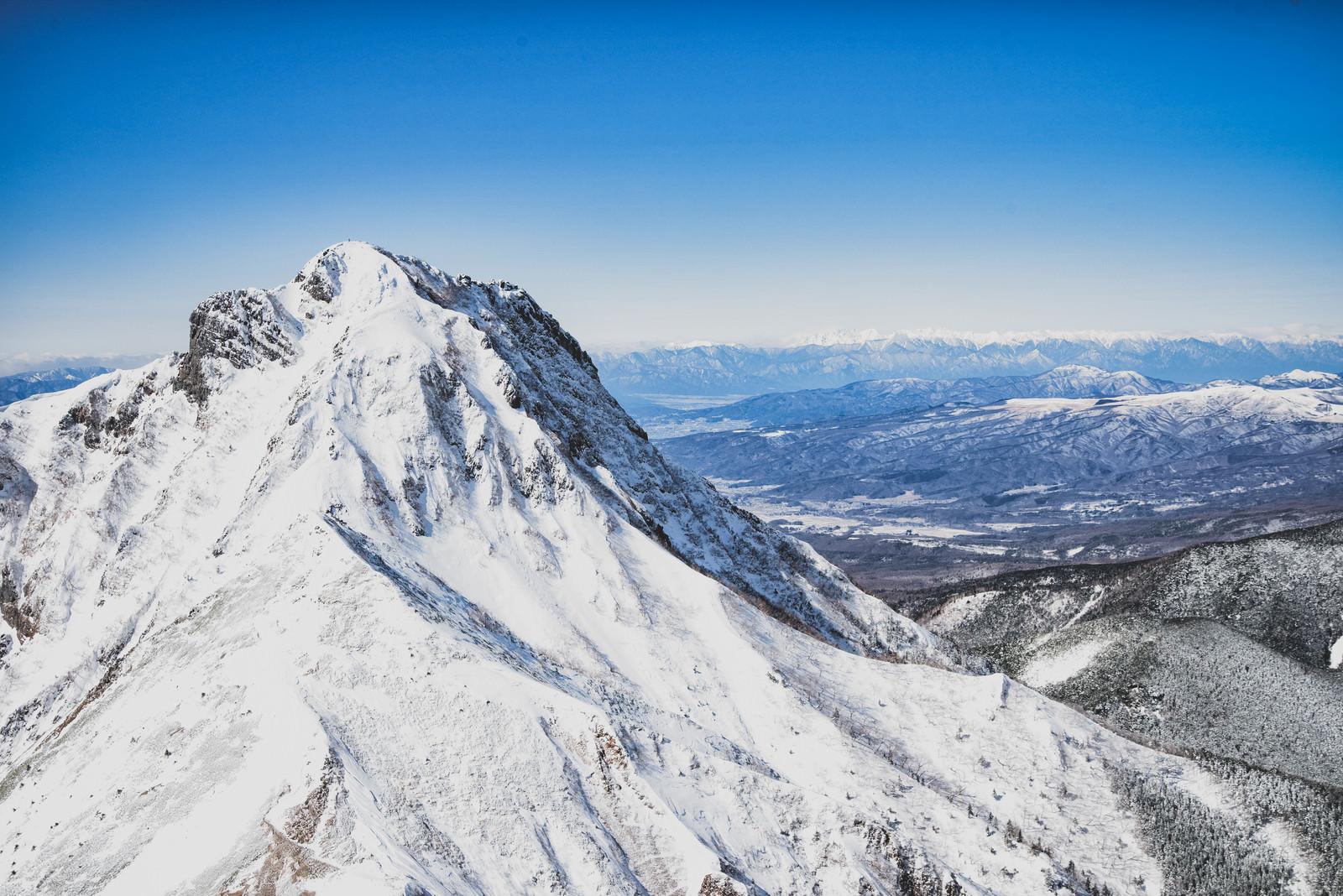 「阿弥陀岳と北アルプス」の写真