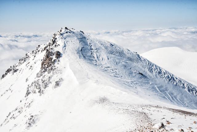 冬の朝日岳(北アルプス)の写真