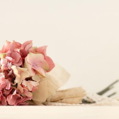 「あじさいの花束造花」の写真素材