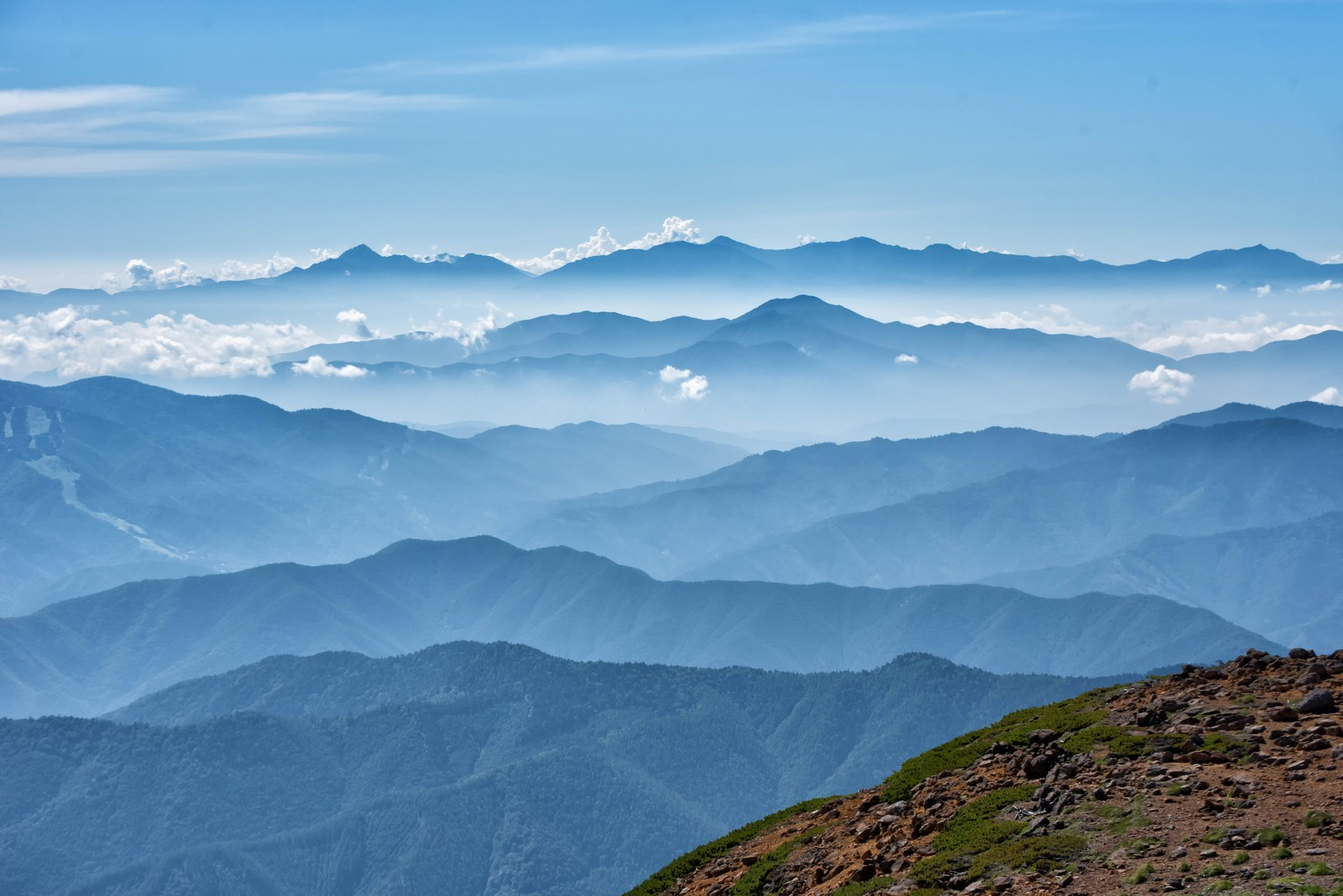 「乗鞍岳山頂の雄大な景色(雲海)」の写真