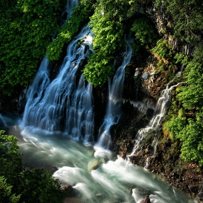 美瑛町にある白髭の滝(北海道)の写真