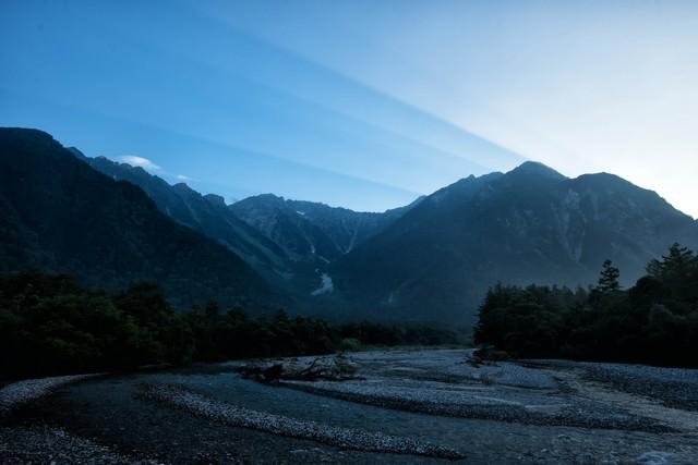 夜明けの上高地の写真
