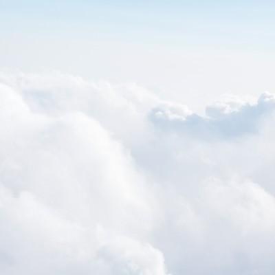 上空からの雲の写真