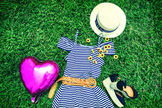 ハートと夏服の写真