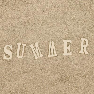 「砂浜と「SUMMER」の文字」の写真素材