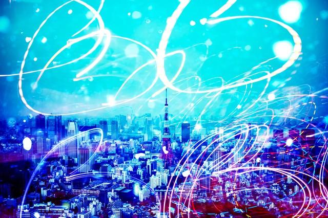 都会に描く光跡の写真