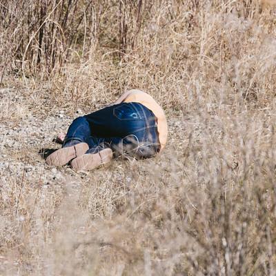 「自爆の被害にあった戦士」の写真素材