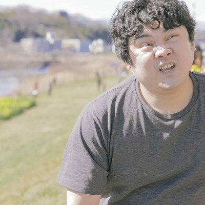「ダイエットで河川敷を走ってみた結果」の写真素材