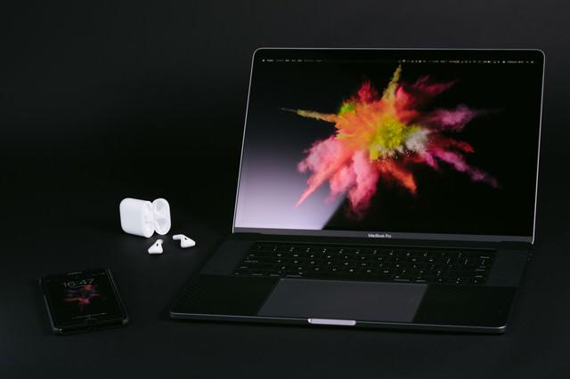 申し分のない性能のノートパソコンの写真