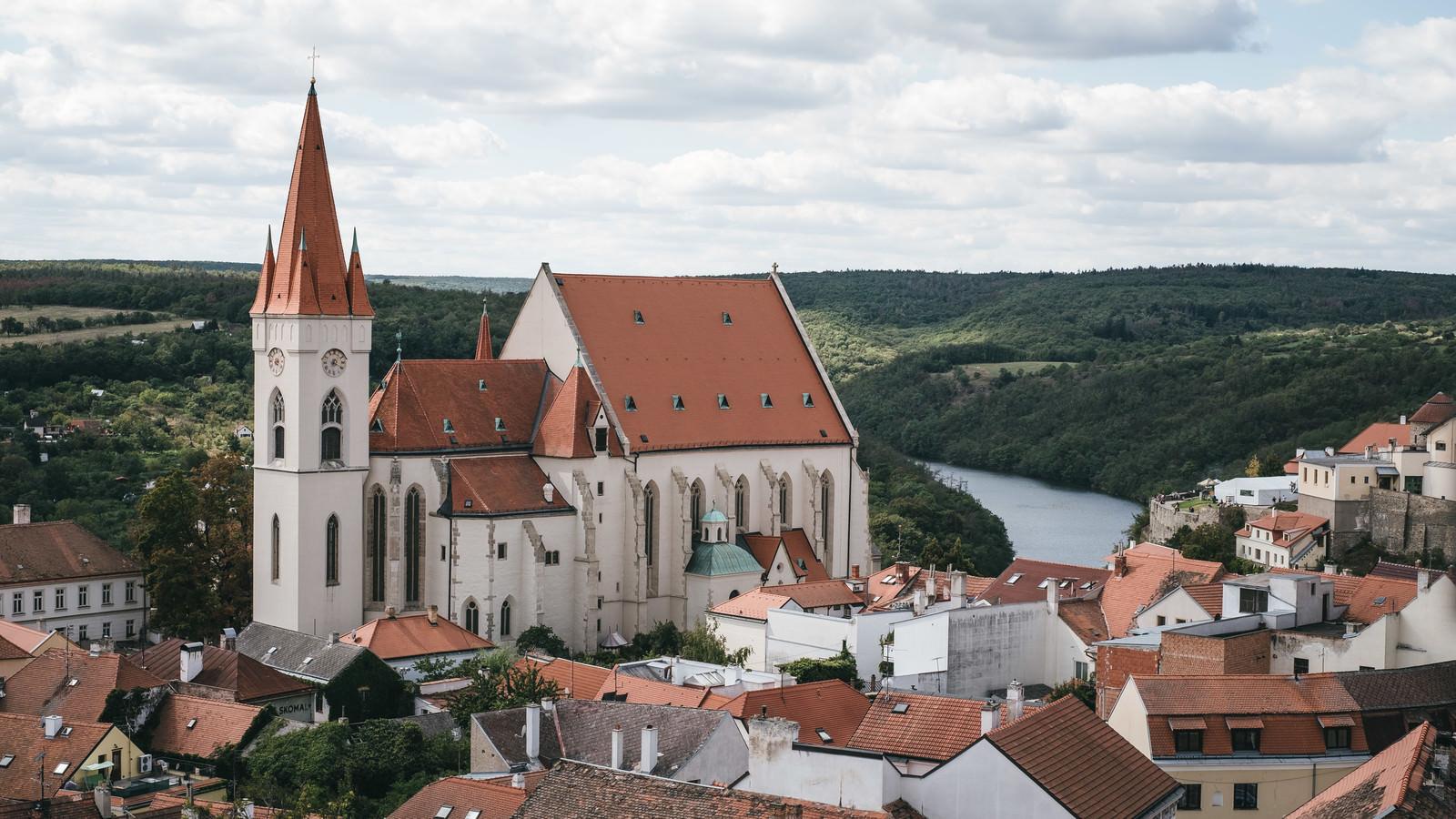 「聖ニコラスオールドディーナリー教会(チェコ・ズノイモ市)」の写真