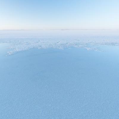 「ウユニ塩湖の雨季」の写真素材