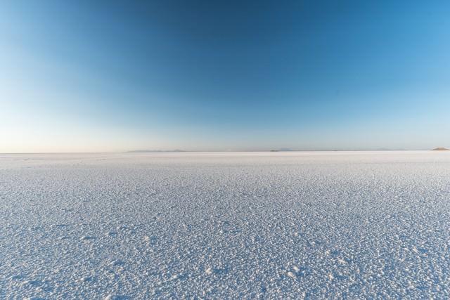 乾季のウユニ塩湖の写真