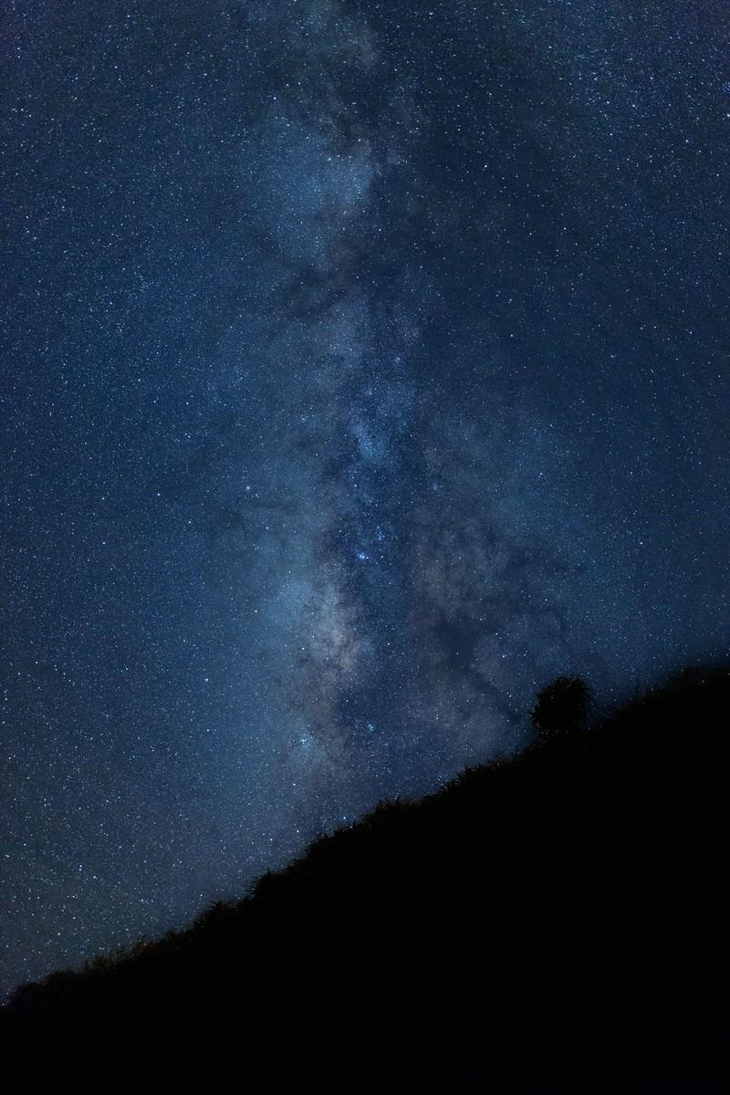 「宮古島から見える美しい天の川 | 写真の無料素材・フリー素材 - ぱくたそ」の写真