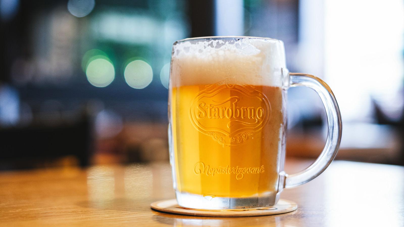 「本場の生ビールを頼みました(チェコ共和国・ブルノ)」の写真