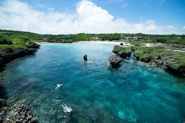 沖縄のシュノーケリングスポットの写真