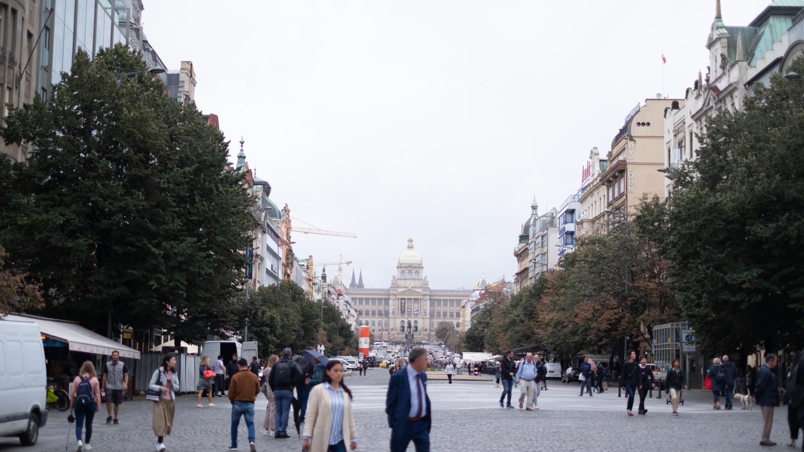 「プラハにあるヴァーツラフ広場(チェコ共和国)」の写真