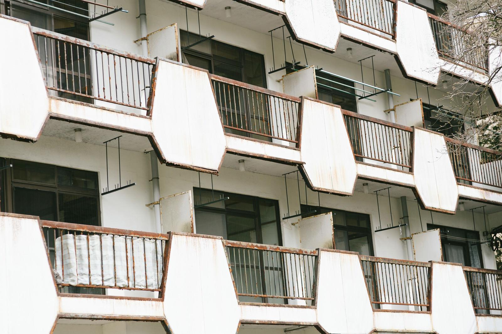 「入居者がいないマンション」の写真