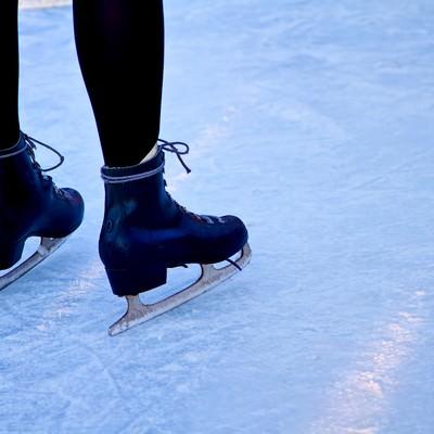 「アイススケートと足」の写真素材