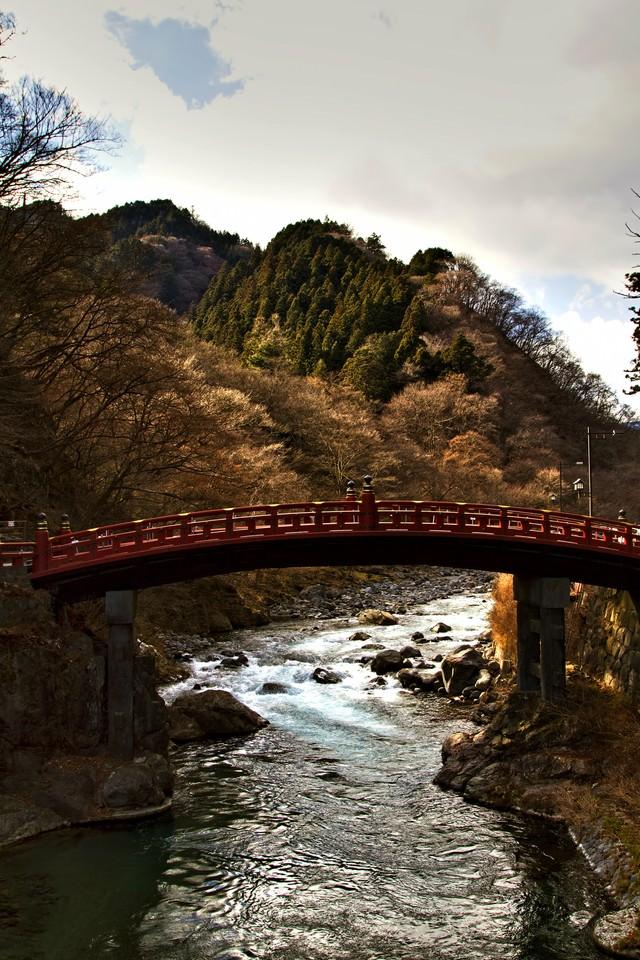 冬の日光二荒山神社神橋の写真