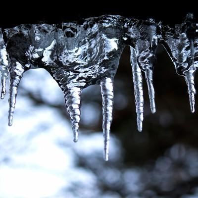 「冬の神秘つらら」の写真素材