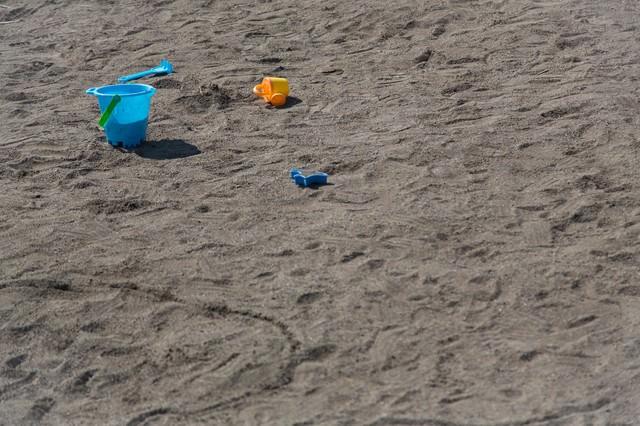 砂場のバケツ