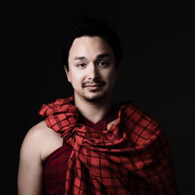 「マサイ族の赤い民族衣装を着ました」の写真素材