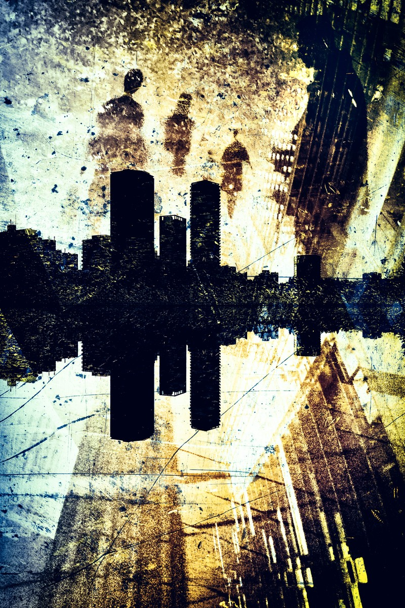 「反射する街(フォトモンタージュ)」の写真