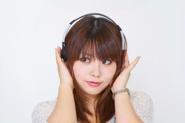 N112 headphone tp v1