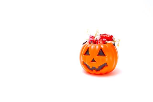 飴が入ったおばけかぼちゃの写真