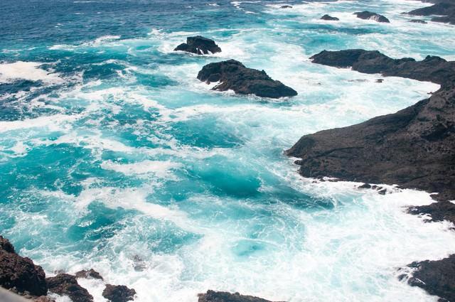 石廊崎しぶきをあげる海の写真
