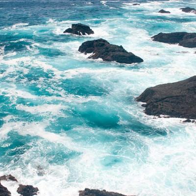 「石廊崎しぶきをあげる海」の写真素材