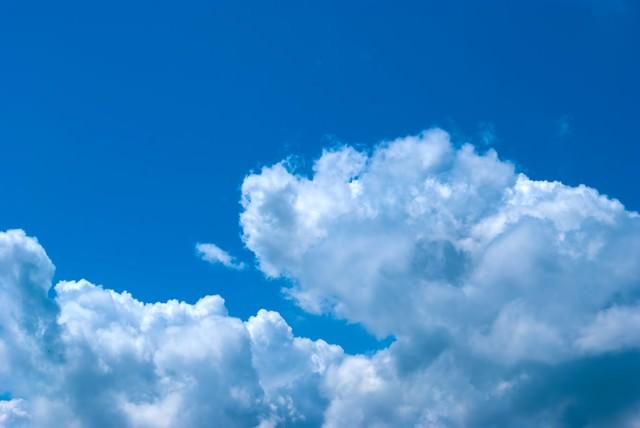 青い空の写真