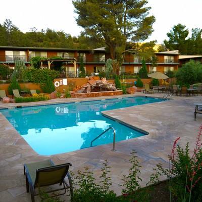 「キングスランサムホテルのプール」の写真素材