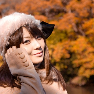 微笑むロシア帽の女の子の写真