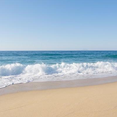 「屋久島の海と砂浜」の写真素材