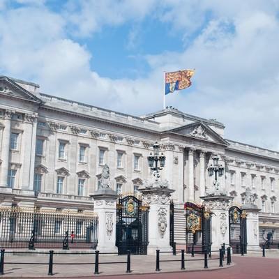「バッキンガム宮殿」の写真素材