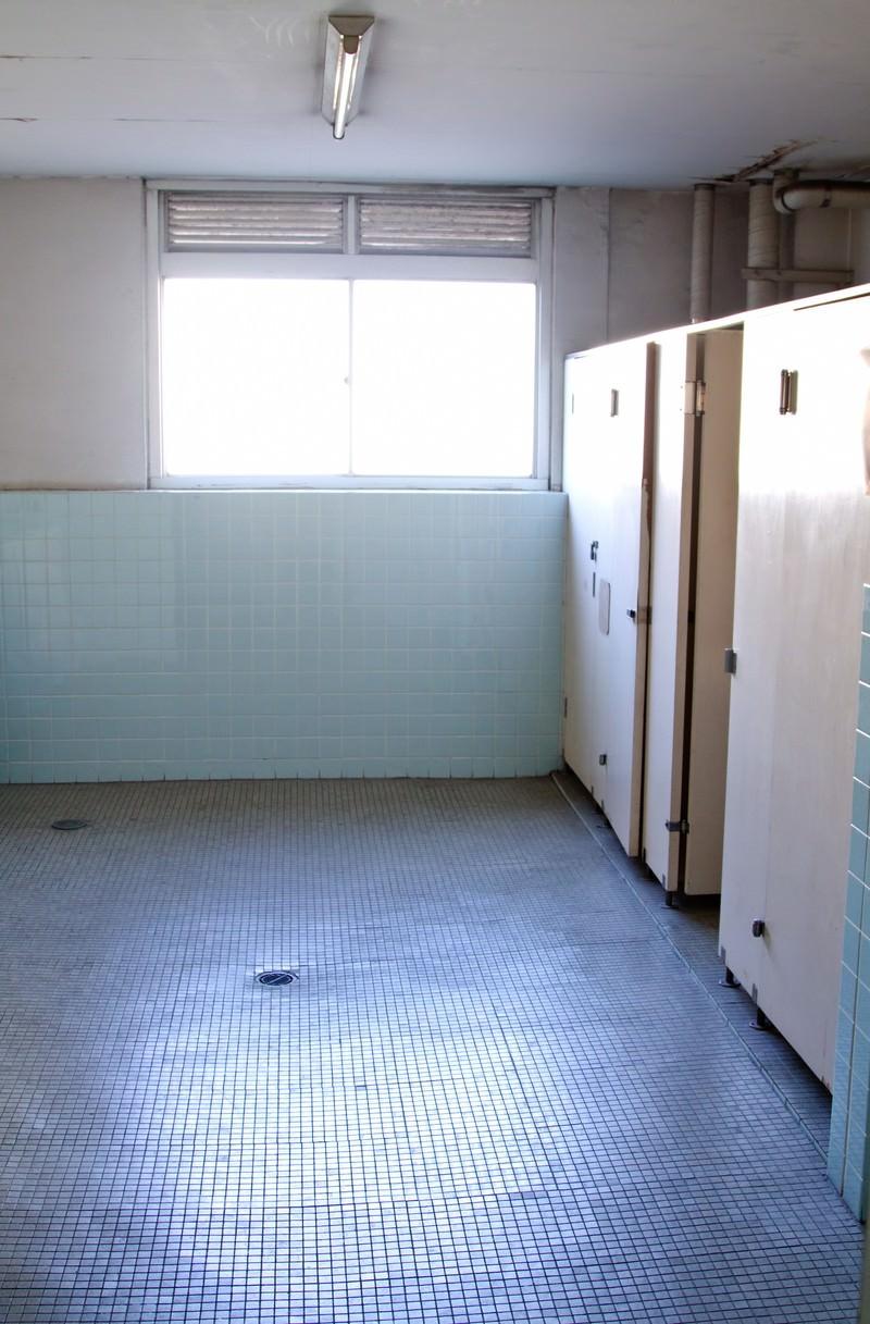 「学校のトイレ」の写真