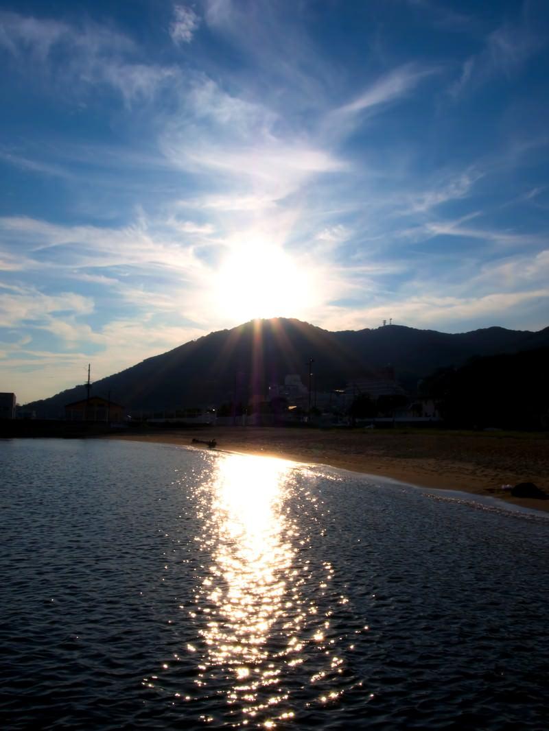 「須磨海岸の夕日」の写真