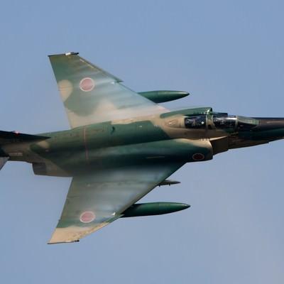 「翼に羽衣まとって(RF-4)」の写真素材