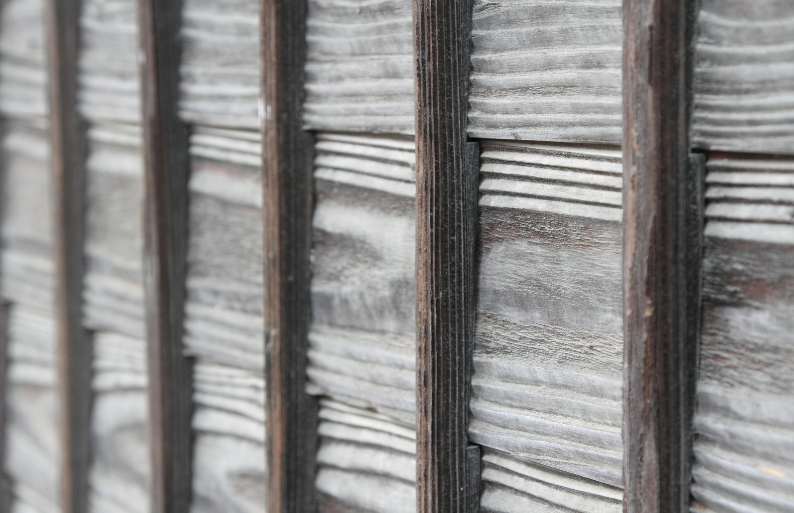 「木の塀 | 写真の無料素材・フリー素材 - ぱくたそ」の写真