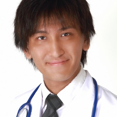 微笑むドクターの写真