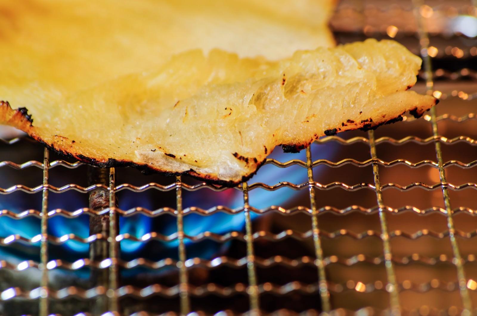 「エイヒレの網焼きエイヒレの網焼き」のフリー写真素材を拡大