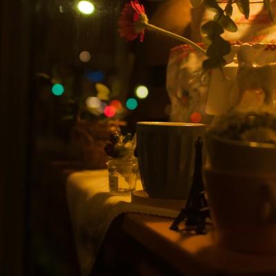 「可愛らしい夜のショーウィンドウ」の写真素材