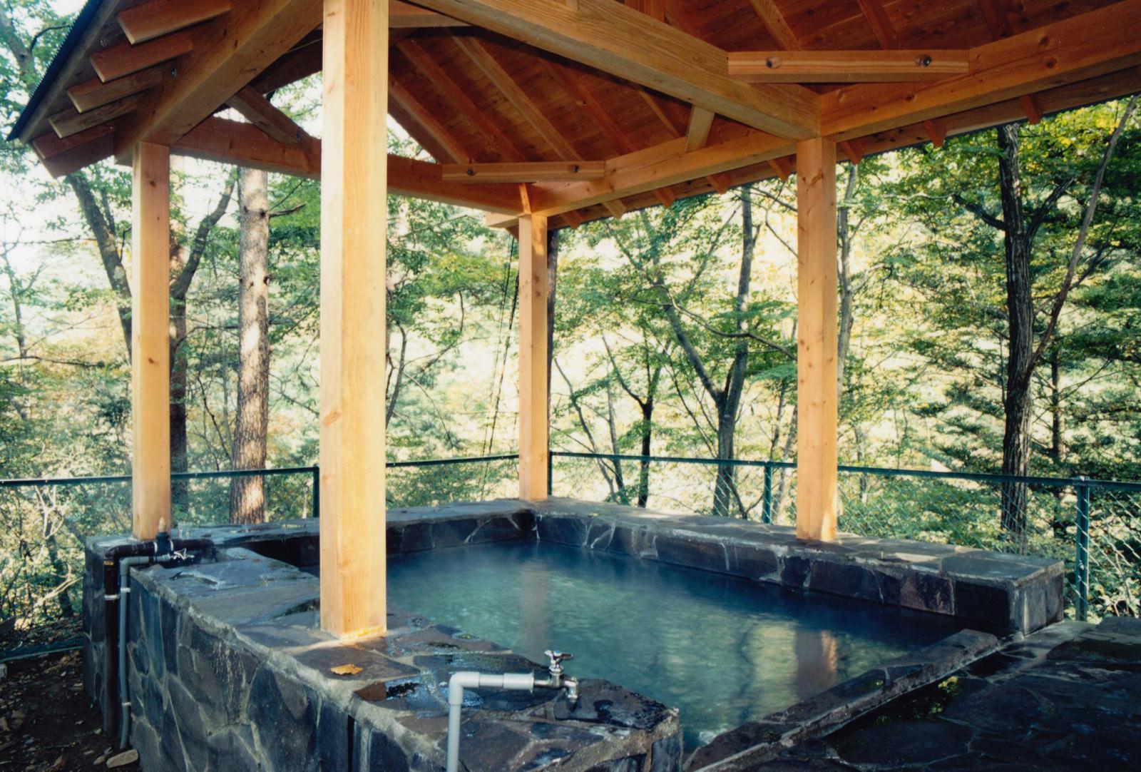 「旧川原湯温泉「聖天様露天風呂」」の写真